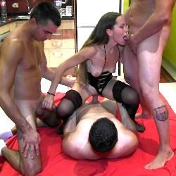 Betty Hot, su PRIMER GANG BANG (con su novio incluido) y un casting porno con 6 hombretones.